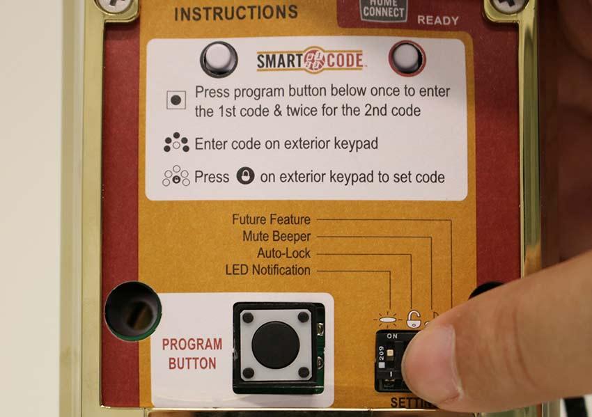 Honeywell Lyric™ Controller Control security, thermostat
